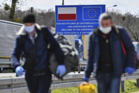 В Польше третий день подряд фиксируют антирекорды по количеству новых больных ковидом
