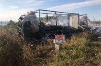 В Греции 11 мигрантов сгорели в фургоне после ДТП с грузовиком