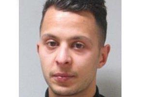 Імовірного організатора терактів у Парижі екстрадували з Бельгії до Франції