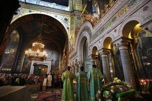 Януковича просять ввести нове церковне свято