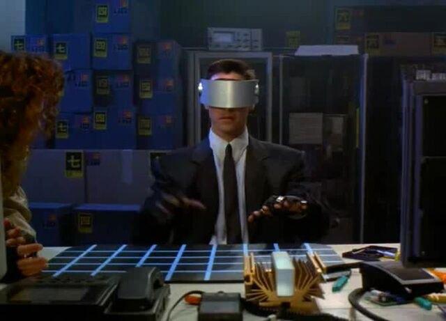 """Кадр из фильма """"Джонни Мнемоник"""" (1995)"""