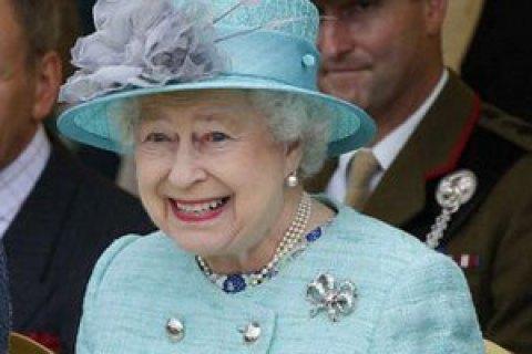 У Елизаветы II обнаружили $13 млн в офшорах на Кайманах и Бермудах