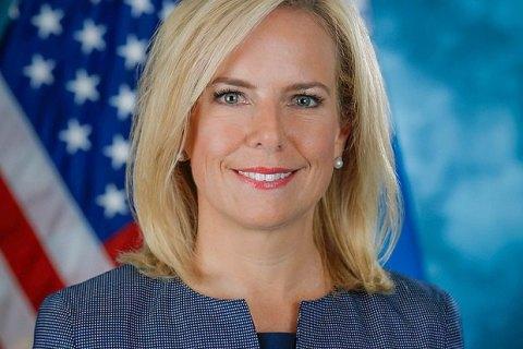 Министр внутренней безопасности США уходит в отставку