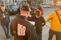 В Киеве задержали следователя Нацполиции при получении $3 тыс. взятки