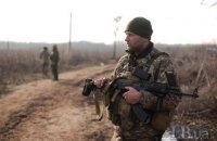 На Донбасі окупанти двічі порушили тишу у четвер