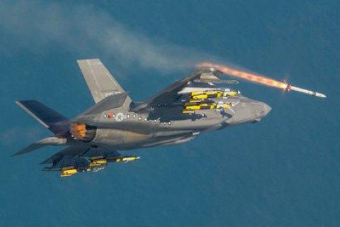 Винищувач п'ятого покоління F-35 уперше застосували в бою