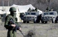 Росія звозить військову техніку і створює пункти для біженців на східному кордоні з Україною