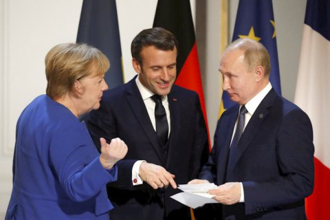 Меркель та Макрон обговорили з Путіним підготовку до нормандського саміту