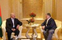 Порошенко встретился с Лукашенко в ОАЭ