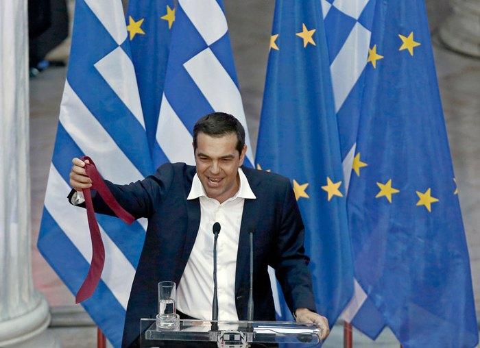 Премьер-министр Греции Алексис Ципрас выступает перед парламентской группой Сириза, Афины, 22 июня 2018.