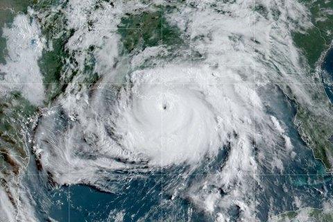 """Ураган """"Іда"""" залишив без електрики мільйон американців і розвернув течію Міссісіпі"""