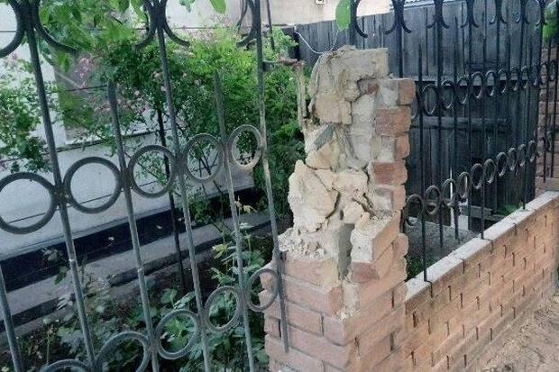 Бойовики зтанків потужно обстріляли житлові квартали Авдіївки