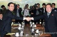 """КНДР и Южная Корея восстановят """"горячую линию"""" между военными"""