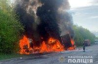 На Хмельниччині фура зіткнулася з вантажним бусом та легковиком: 4 загиблих