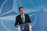 Расмуссен: свідчень відведення російських військ від кордону з Україною наразі немає