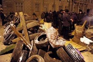 У Львівській області заблокували трасу на Київ з Яворівського полігону