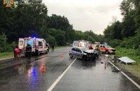 На Вінниччині у ДТП за участі трьох автомобілів загинув пасажир
