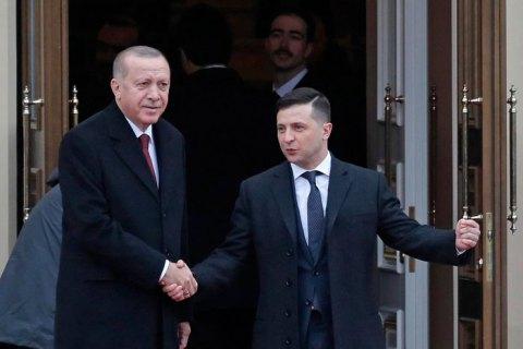 Эрдоган привез Зеленскому материалы на своих врагов в Украине