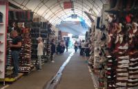 """На киевском рынке """"Троещина"""" нашли коронавирус"""