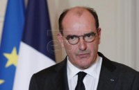У Франції через ковід закриють великі торгові центри