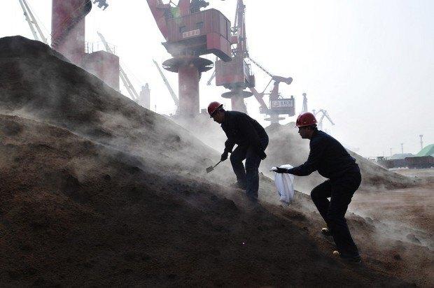 Китай богат полезными ископаемыми, но если их нет в Китае - не беда. Добытчики могут работать и в других странах