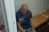 """Суд арестовал """"святошинского стрелка"""", ранившего соседа из карабина"""