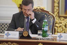 Янукович проведет заседание СНБО, когда - непонятно