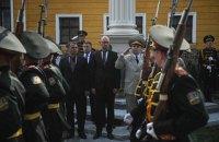 Яценюк убежден, что умиротворять агрессора - пустое дело