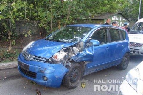 В Киеве пьяный автослесарь угнал отремонтированную иномарку и попал в ДТП