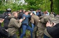 На незаконній забудові в Протасовому Яру відбулися зіткнення між поліцією і активістами (оновлено)