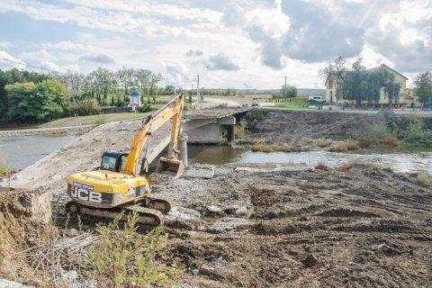 На Тернопольщине начали капремонт моста через Серет, обрушившегося в феврале прошлого года