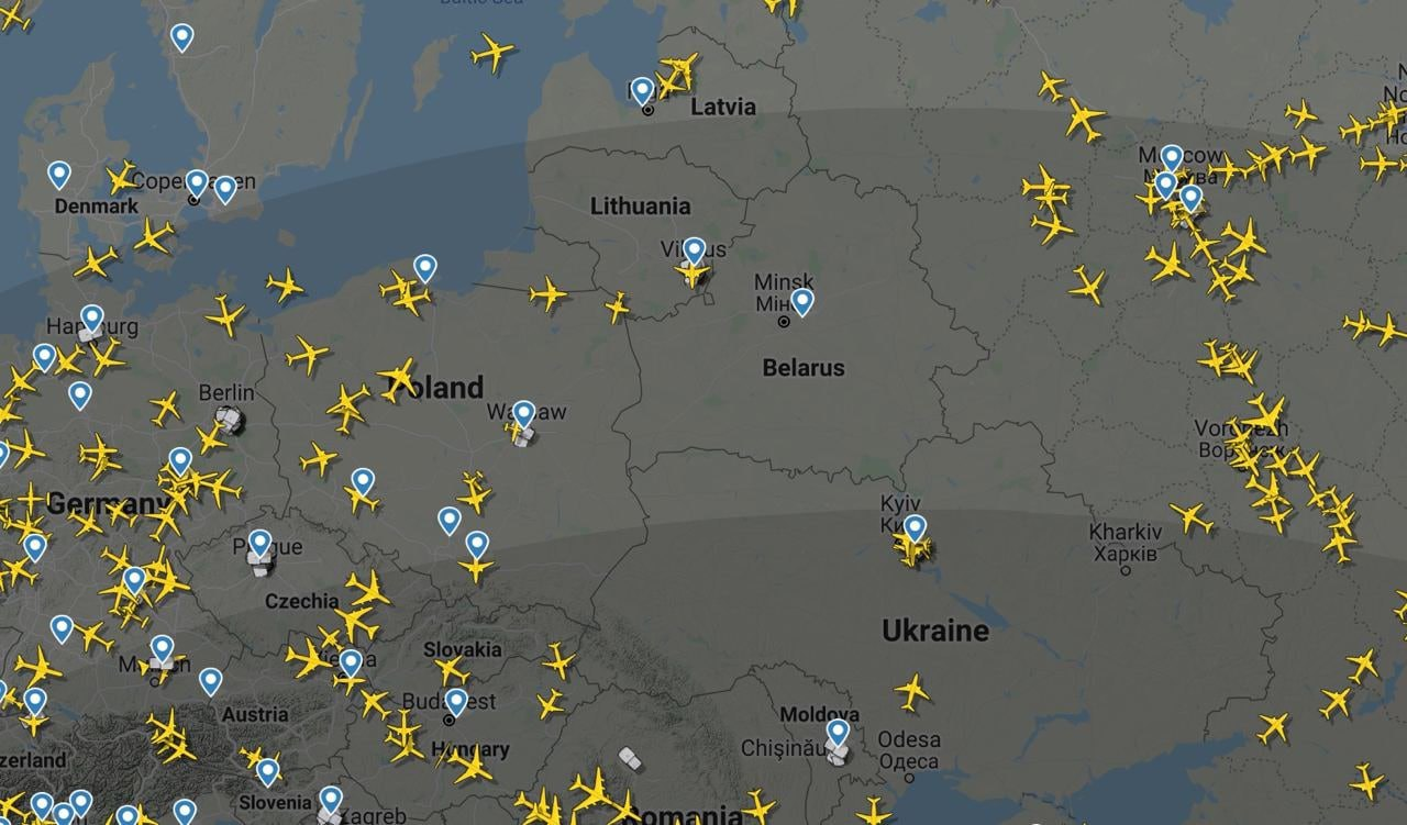 Над Білоруссю немає жодного літака