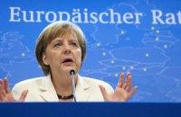 Меркель: Греція повинна залишитися в єврозоні