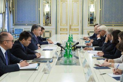 Порошенко закликав Німеччину і Францію не визнавати легітимність виборів у Держдуму РФ у Криму