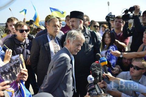 Джемилев допустил продление блокады Крыма на полгода