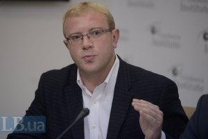 У Партії регіонів з'явилася група, готова йти проти Януковича, - нардеп