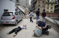 МЗС не може зв'язатися з 17 українцями в Непалі