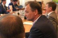 «Я не сяду, сядете ви». Регламентний комітет захистив депутата Пономарьова від прокуратури і журналістів