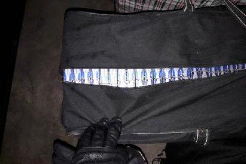 Прикордонники затримали грузинського дипломата, підозрюваного в контрабанді цигарок у Закарпатській області