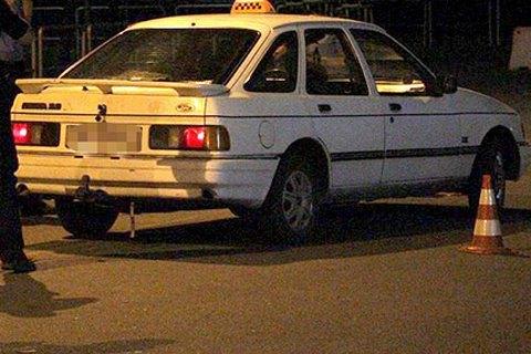 В Днепре пассажир зарезал таксистку