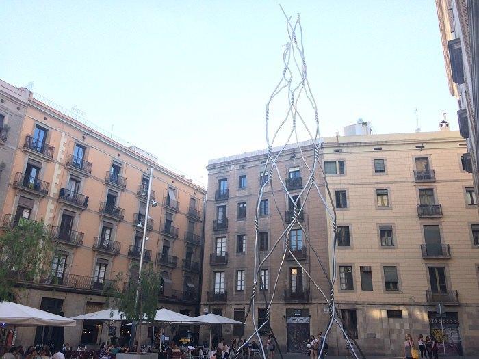 Антоні Л'єна «Посвячення кастел'єрам», метал, 12 кв.м бетонна основа, 26,5 м, 2012