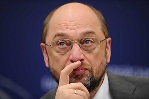 """Шульц призвал Януковича не подписывать """"законы против свободы"""""""