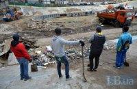 Активисты провели уборку киевского велотрека