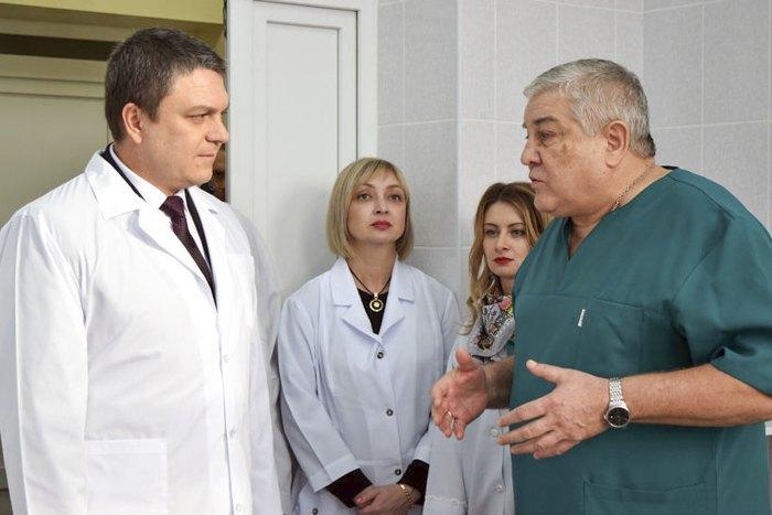 Леонід Пасічник і Сергій Лібстер (справа)