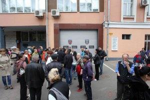 В Одесі під час штурму управління міліції поранили журналіста