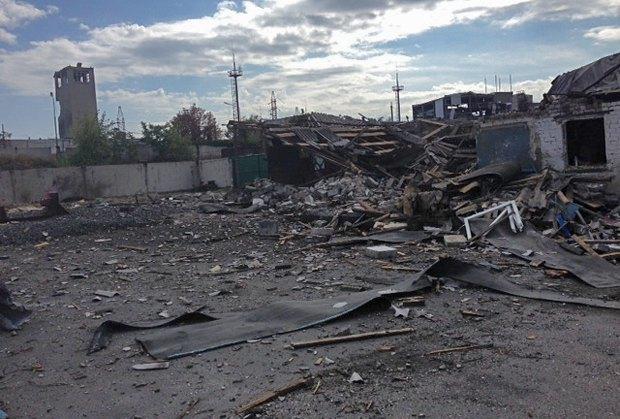 Обстрелянная шахта <<Комсомолец Донбасса>>