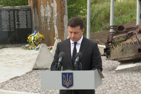 Зеленський у Авдіївці представив нового командувача Об'єднаних сил