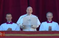 Папа Франциск у різдвяному привітанні побажав Україні миру