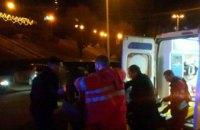 В центре Киева из огнестрельного оружия тяжело ранили мужчину и женщину (обновлено)