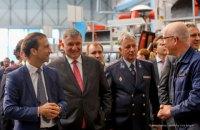 Аваков посетил завод, где собирают вертолеты для Украины